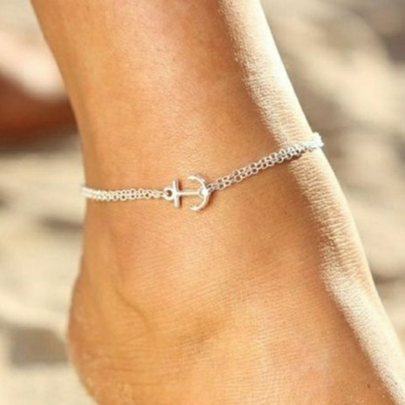 everrealli Jewelry - Silver Anchor Anklet